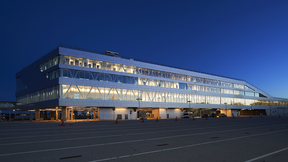 Värta Terminal in the evening