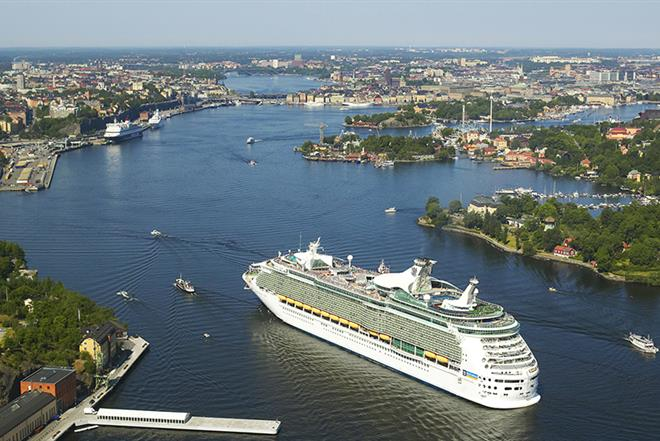 Cruise vessel in Stockholm